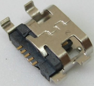Lizdas micro USB LM64
