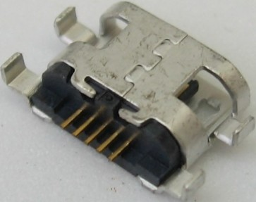 Lizdas micro USB LM82