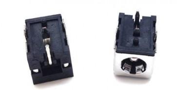 DC lizdas 5.5x2.5mm. LNB17